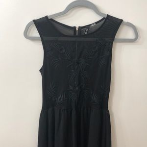 Perfect LBD for the holidays!